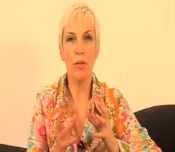 Annie Lennox Video Q&A