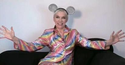 New Annie Lennox Interview at Style.It: People Got the Power