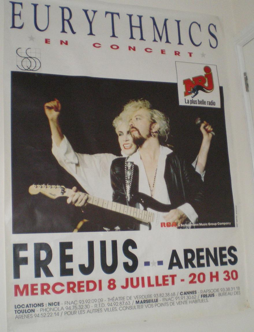 Memorabilia of the week  – Rare French Tour poster for Revenge