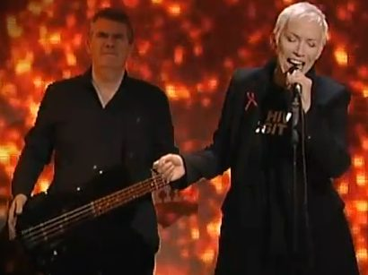 "Annie Lennox Live In France And Italy Promoting ""A Christmas Cornucopia"""