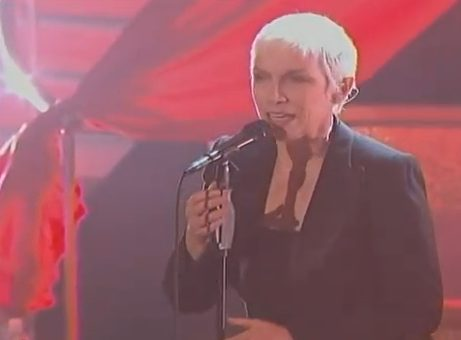 Annie Lennox's Two Performances On Dancing With The Stars