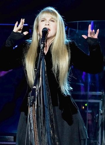 Great New Stevie Nicks Interview In The LA Times Discussing Working With Dave Stewart