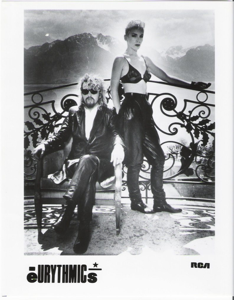 Eurythmics Revenge 25: Day 36 Stunning Revenge Photo Of Dave And Annie