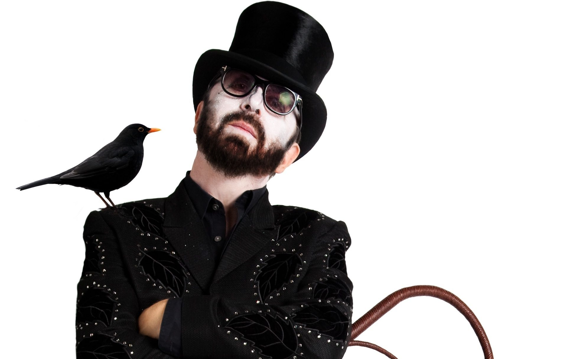 """Video of the Week – Dave Stewart's Buddy Holly Cover Tribute """"Raining In My Heart"""""""