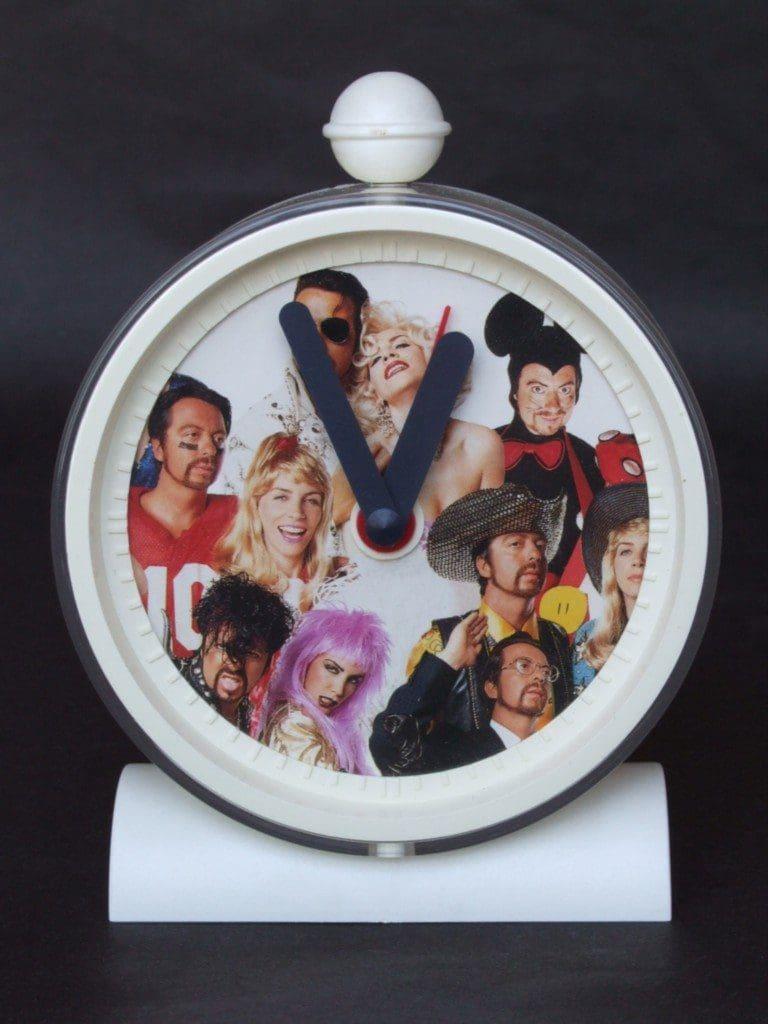 Memorabilia Of The Week: Rare Eurythmics King & Queen Of America Alarm Clock