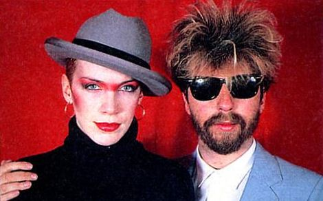 Ultimate Eurythmics Rare Photo Feature Day 20 – WOukld You Buy A Used Car From Annie & Dave?