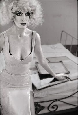 Eurythmics: Savage25: Photo – Stunning Black And White Photo Rarely Seen