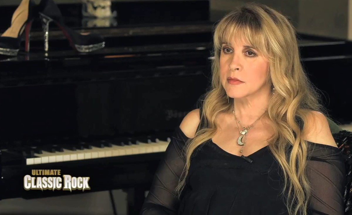 New Stevie Nicks interview where she talks about working with Dave Stewart