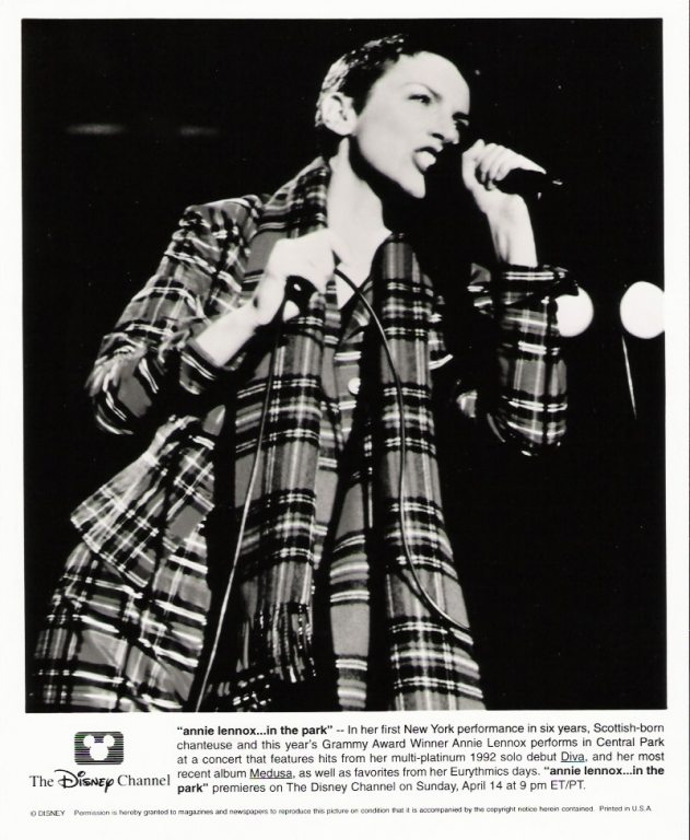 Photo Of The Week : Annie Lennox – Live In Central Park (From the photo archives of Norma Koning)