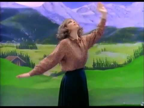 """It's time for Scotland to decide Yes or No today – Let Eurythmics help you decide with their song """"Do You Want To Break Up?"""""""