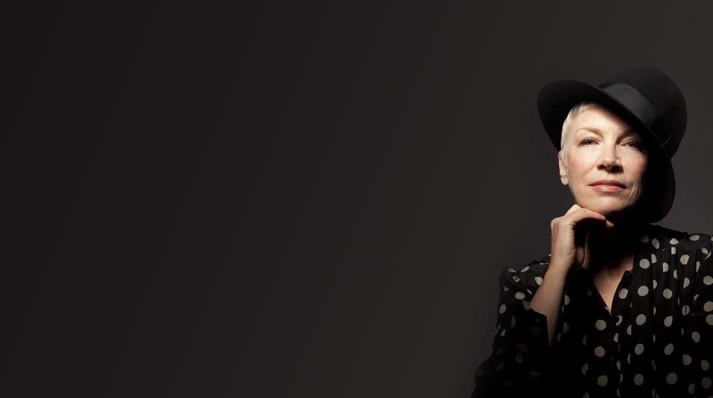 Annie Lennox Nostalgia 3 e1413383175262