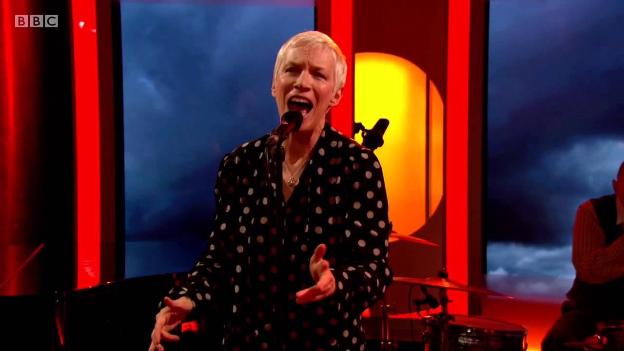 Watch Annie Lennox perform Georgia On My Mind on the BBC One Show