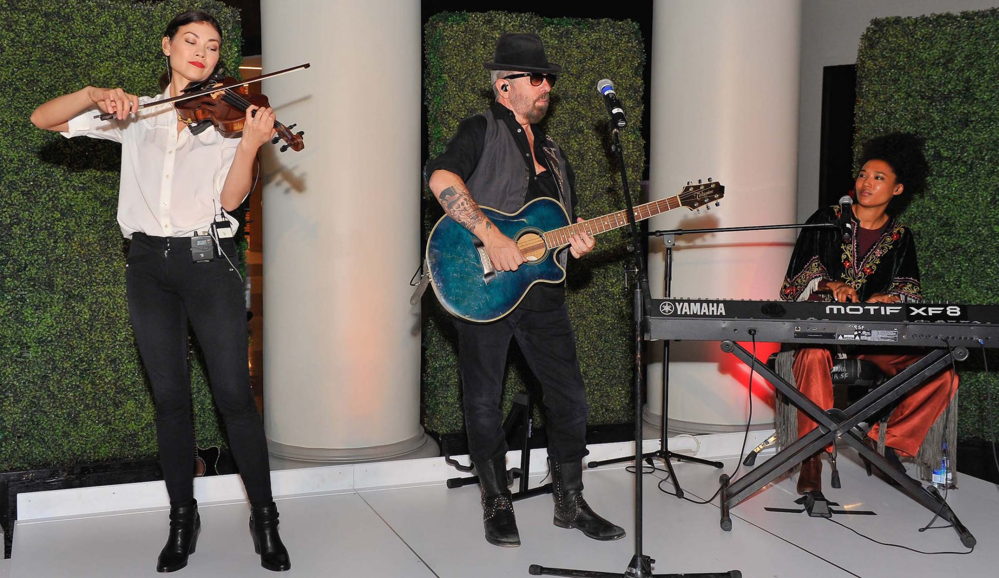 Dave Stewart performed for Stand Up 2 Cancer in San Francisco on 10th September