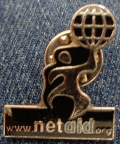 Memorabilia Badges Eurythmics Unsorted 08