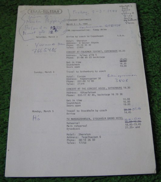 Memorabilia Contracts Eurythmics 1984 Tour 01 e1521447700936